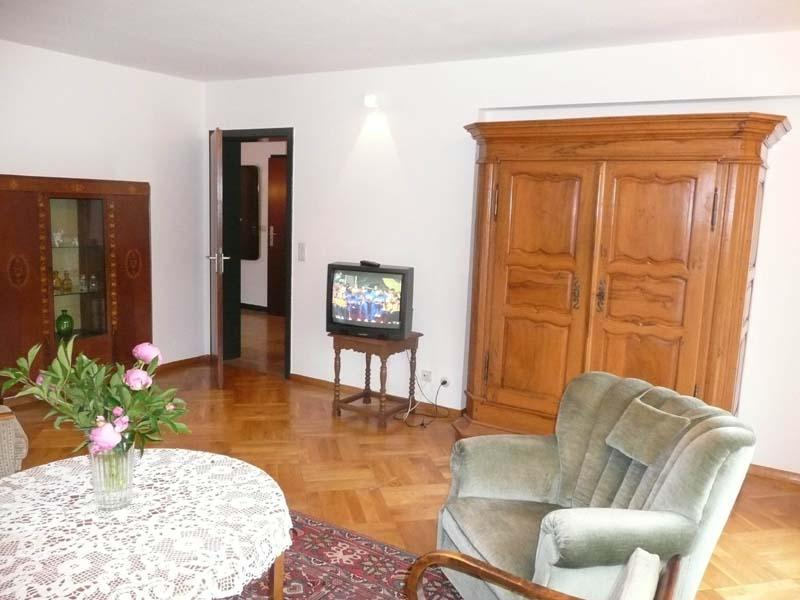 apartment on higher floor / short-term rental Stuttgart-Riedenberg Exposé S070